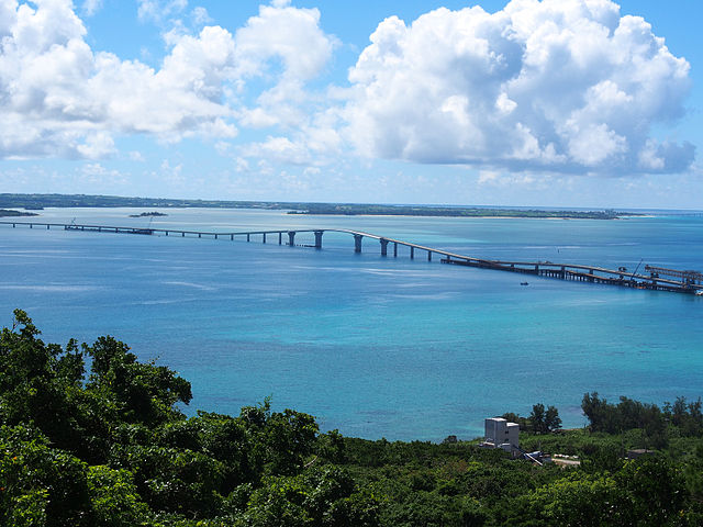 irabu-bridge-in-miyako-islands