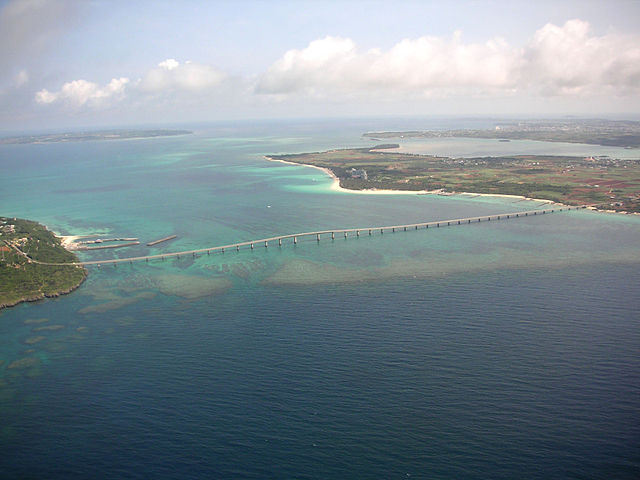 kurima-bridge-in-miyako-islands