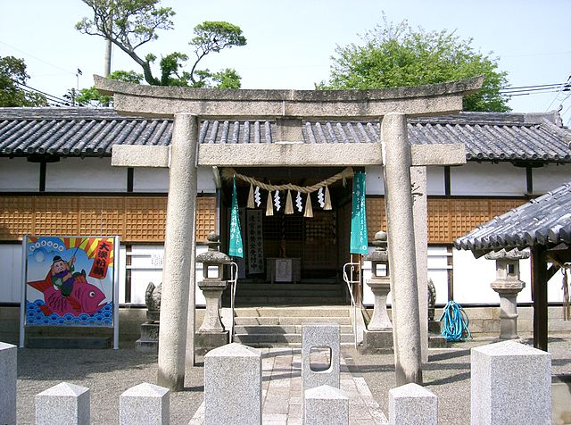 kada-kasuga-shinto-shrine-in-wakayama-city-surroundings